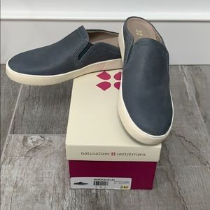 Naturalizer slide sneakers